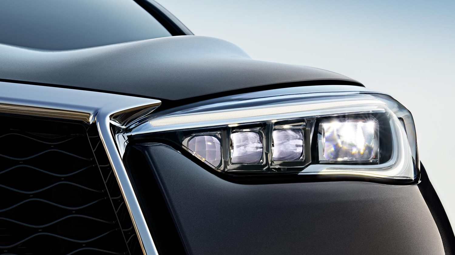 2019 INFINITI QX50 Luxury Crossover LED Headlights